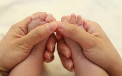 Erlerne Baby-Shiatsu – Glücksgriffe für Babys